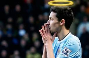 #AskJesus!? Man City's Twitter Q&A with Jesus Navas fails miserably